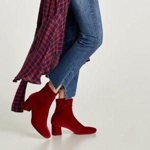 ZARA Velvet Ankle Boots:US 6.5, 8/EUR 37, 39